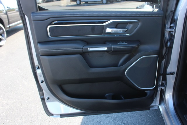 2019 Ram 1500 Crew Cab 4x4,  Pickup #703826 - photo 44