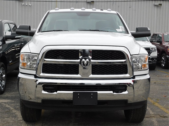 2018 Ram 3500 Crew Cab 4x4,  Pickup #8K660 - photo 3