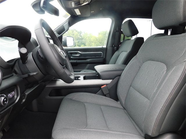 2019 Ram 1500 Crew Cab 4x4,  Pickup #9K261 - photo 5