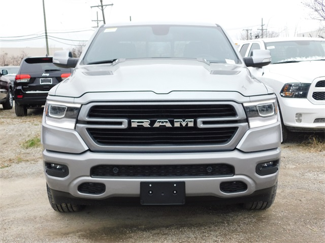 2019 Ram 1500 Crew Cab 4x4,  Pickup #9K560 - photo 3