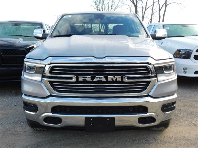 2019 Ram 1500 Crew Cab 4x4,  Pickup #9K561 - photo 3