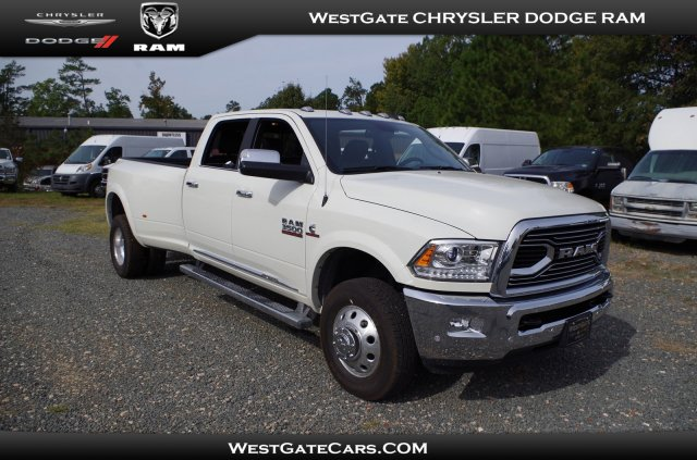 2018 Ram 3500 Crew Cab DRW 4x4,  Pickup #D32079 - photo 1