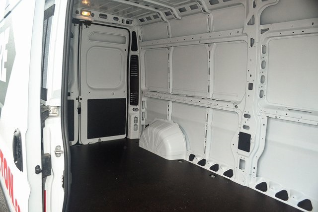 2018 ProMaster 2500 High Roof FWD,  Empty Cargo Van #N18-7014 - photo 17