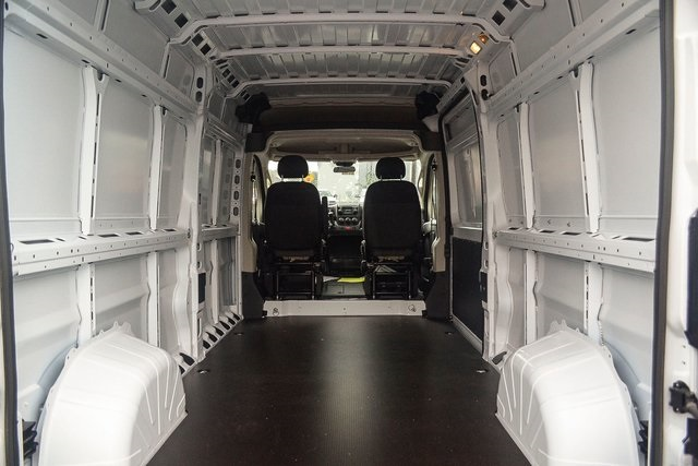 2018 ProMaster 2500 High Roof FWD,  Empty Cargo Van #N18-7014 - photo 2
