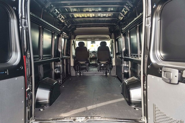 2018 ProMaster 2500 High Roof FWD,  Empty Cargo Van #N18-7214 - photo 2
