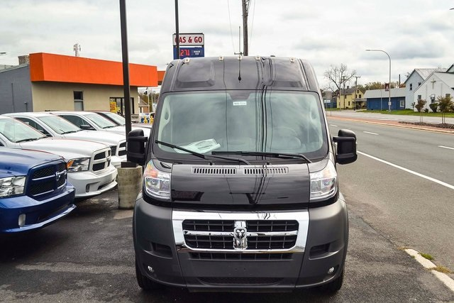 2018 ProMaster 2500 High Roof FWD,  Empty Cargo Van #N18-7214 - photo 8