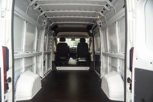 2018 ProMaster 2500 High Roof FWD,  Empty Cargo Van #N18-7215 - photo 2