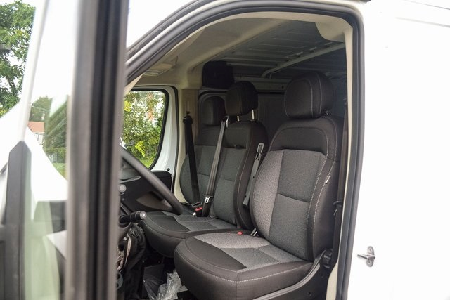 2018 ProMaster 1500 Standard Roof FWD,  Empty Cargo Van #N18-7313 - photo 21