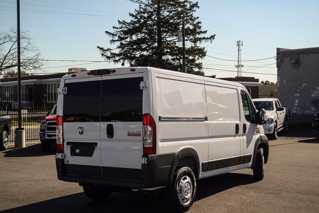 2018 ProMaster 1500 Standard Roof FWD,  Empty Cargo Van #N18-7314 - photo 4