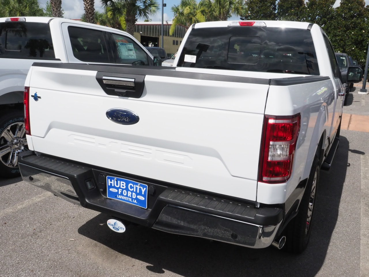 2018 F-150 Super Cab 4x2,  Pickup #18T1070 - photo 9