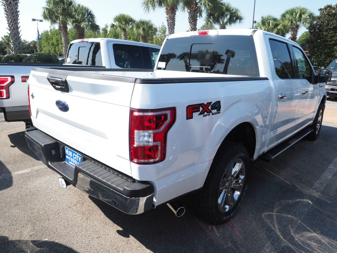2018 F-150 SuperCrew Cab 4x4,  Pickup #18T1372 - photo 9