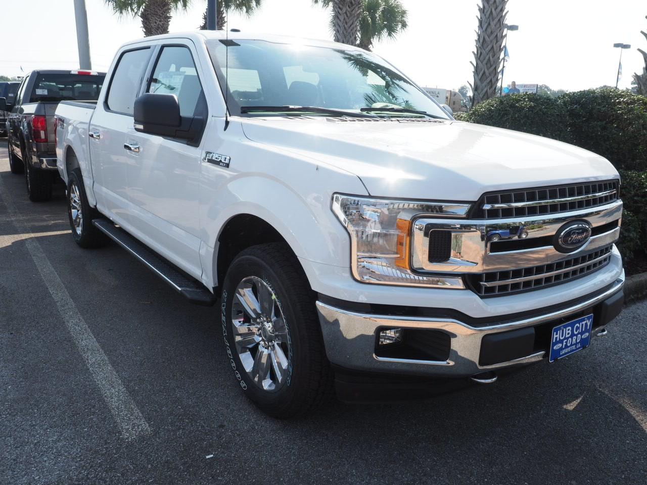 2018 F-150 SuperCrew Cab 4x4,  Pickup #18T1411 - photo 4