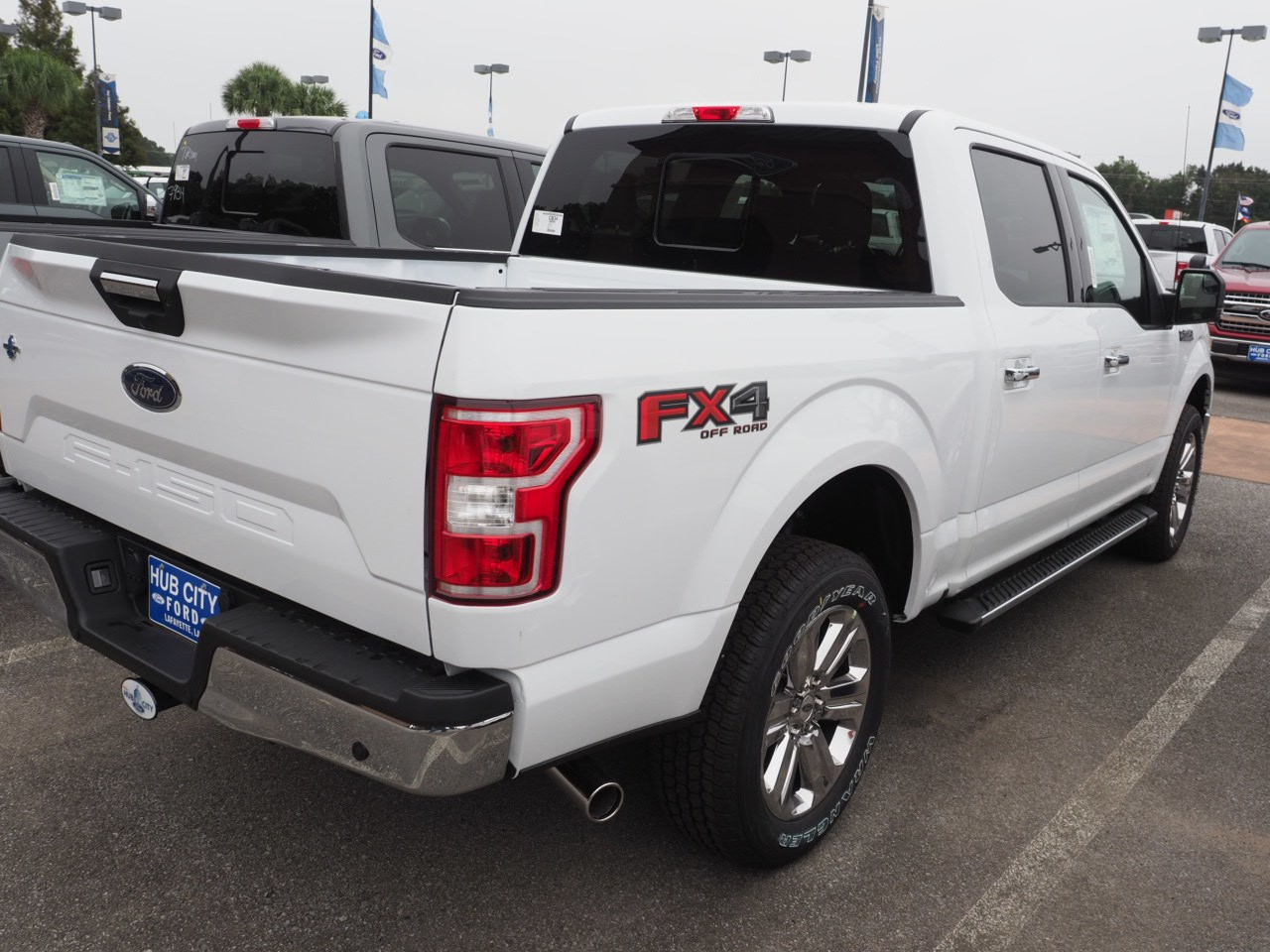 2018 F-150 SuperCrew Cab 4x4,  Pickup #18T1502 - photo 9