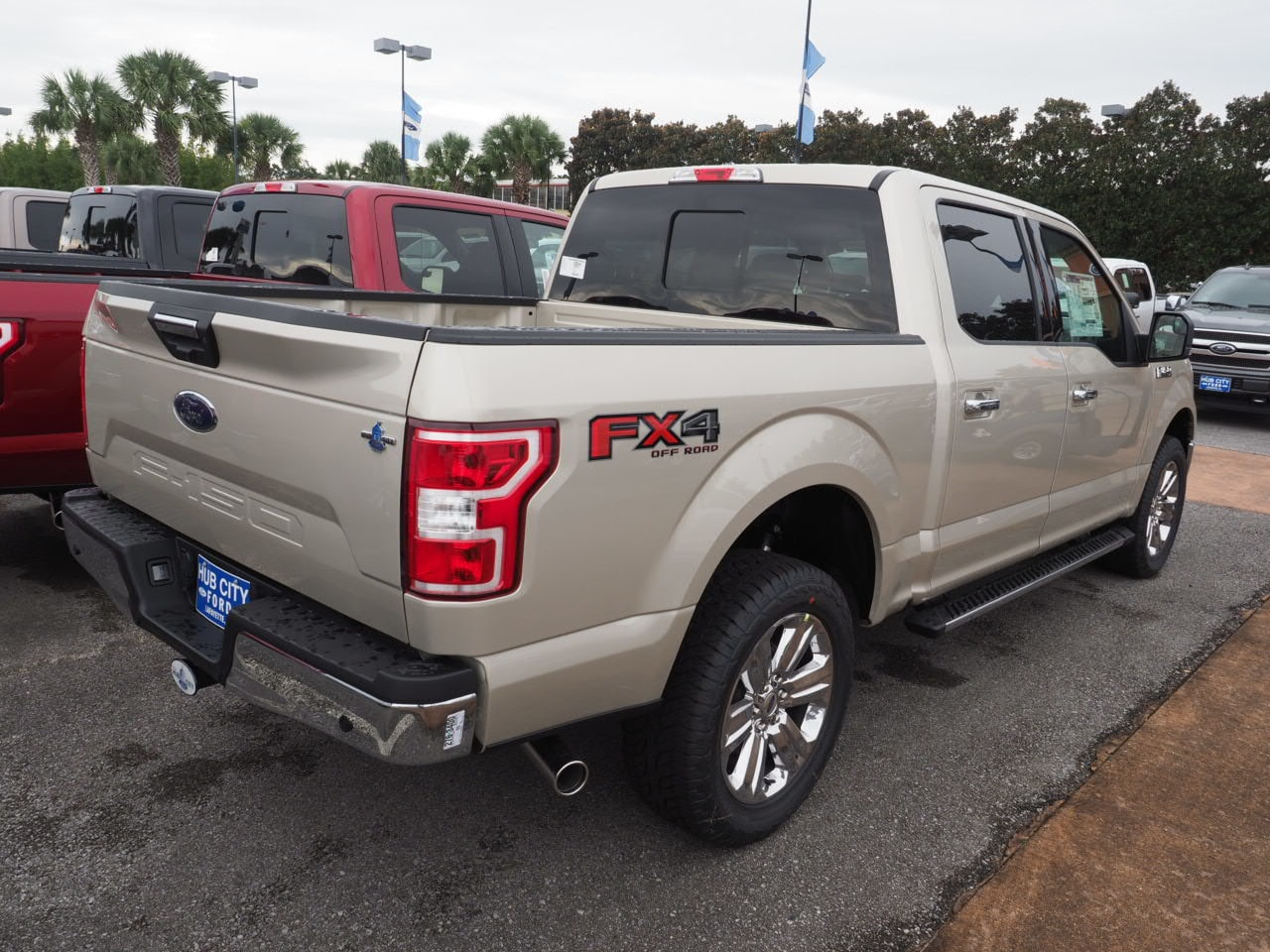 2018 F-150 SuperCrew Cab 4x4,  Pickup #18T1530 - photo 9