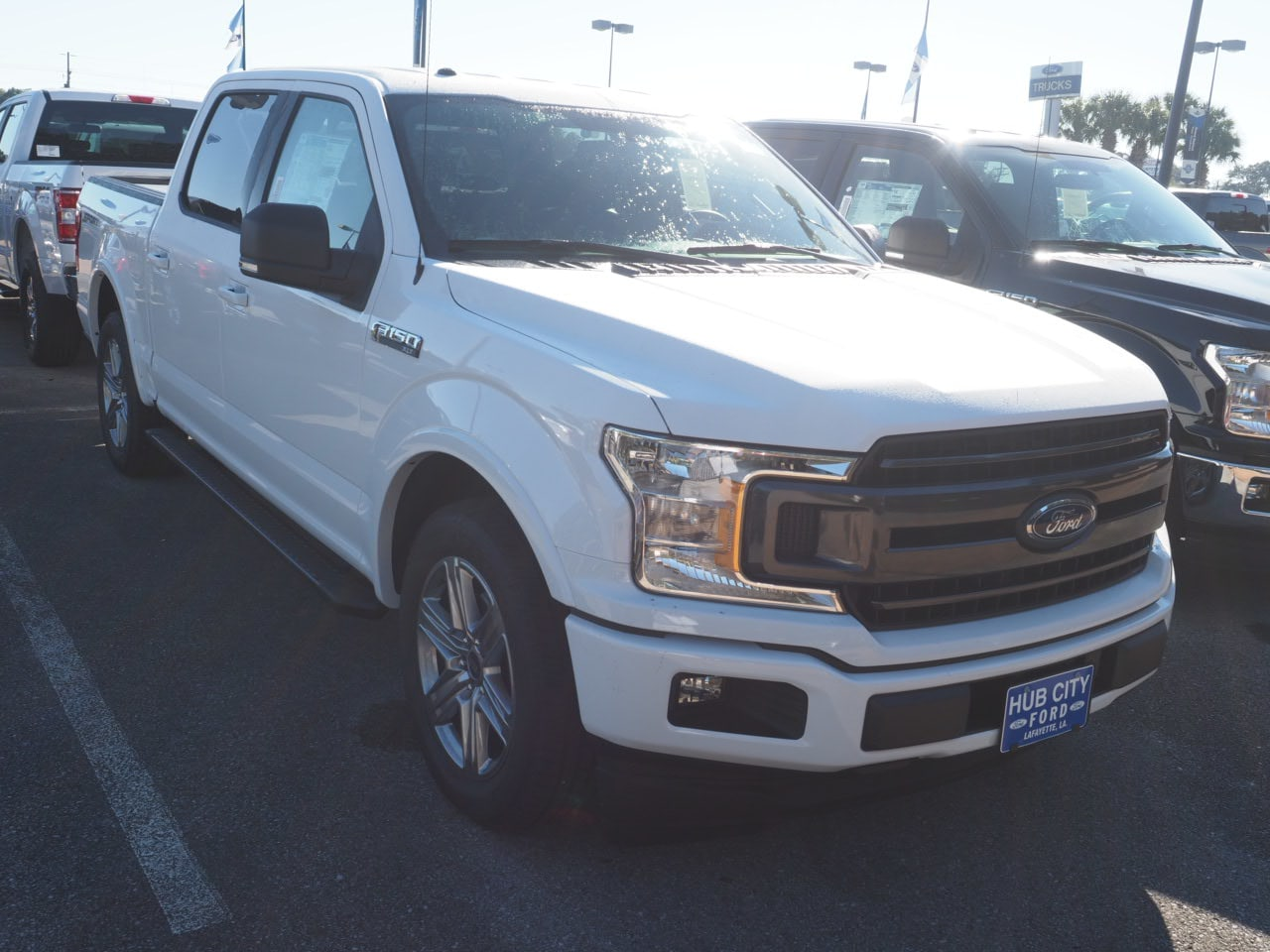 2018 F-150 SuperCrew Cab 4x2,  Pickup #18T1570 - photo 4