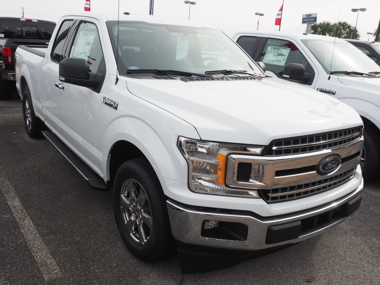 2018 F-150 Super Cab 4x2,  Pickup #18T1573 - photo 4