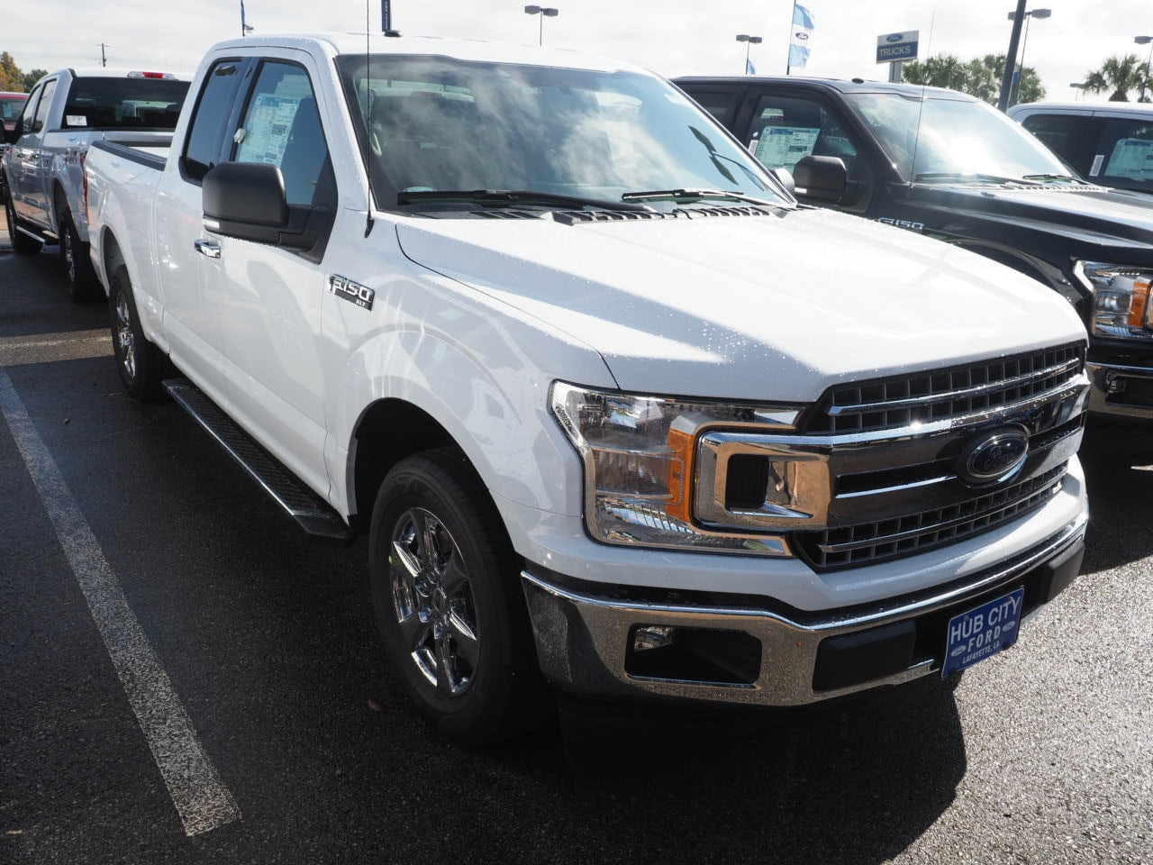 2018 F-150 Super Cab 4x2,  Pickup #18T1583 - photo 4