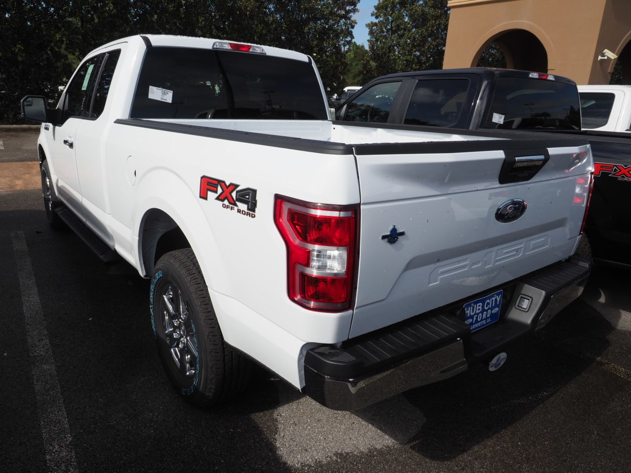 2018 F-150 Super Cab 4x4,  Pickup #18T1600 - photo 2