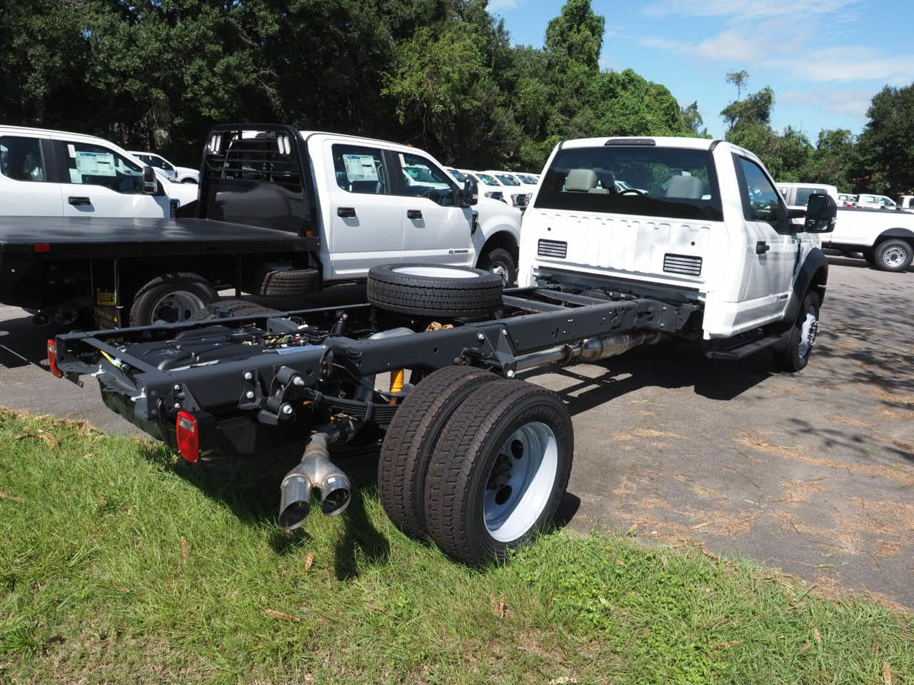 2019 F-450 Regular Cab DRW 4x2,  Cab Chassis #19T0066 - photo 5