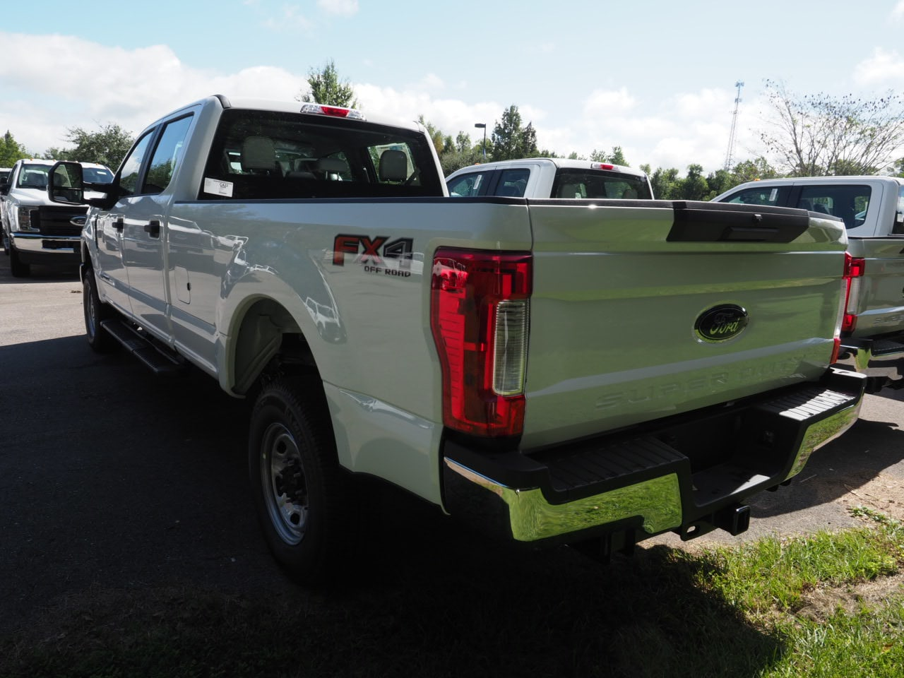 2019 F-250 Crew Cab 4x4,  Pickup #19T0093 - photo 4