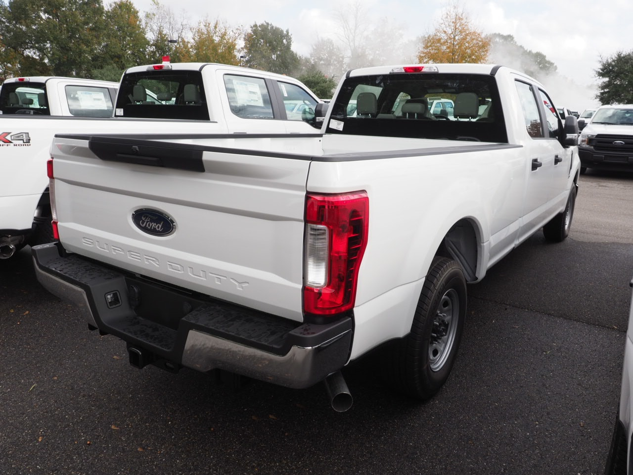 2019 F-250 Crew Cab 4x2,  Pickup #19T0179 - photo 9