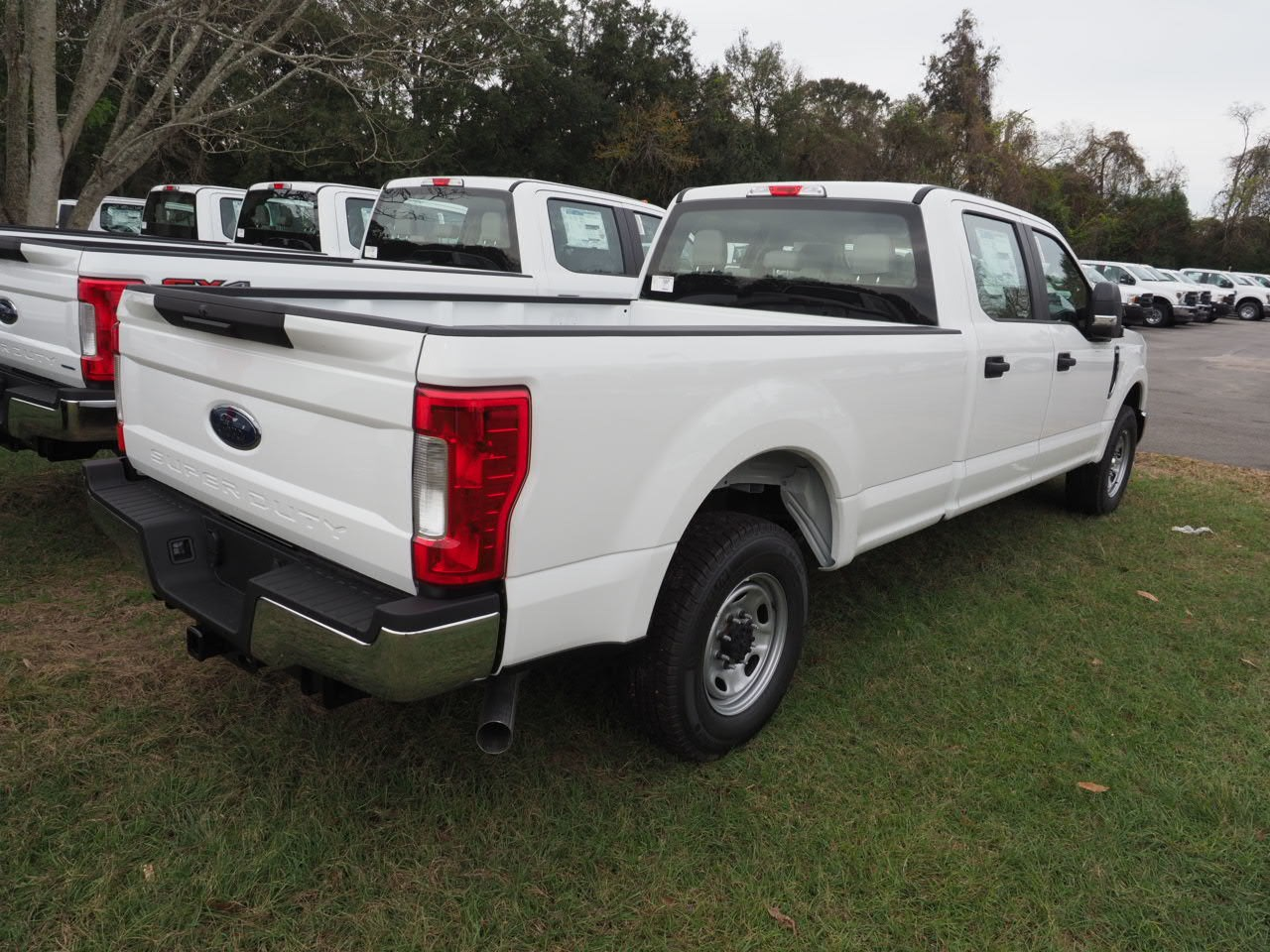 2019 F-250 Crew Cab 4x2,  Pickup #19T0224 - photo 9