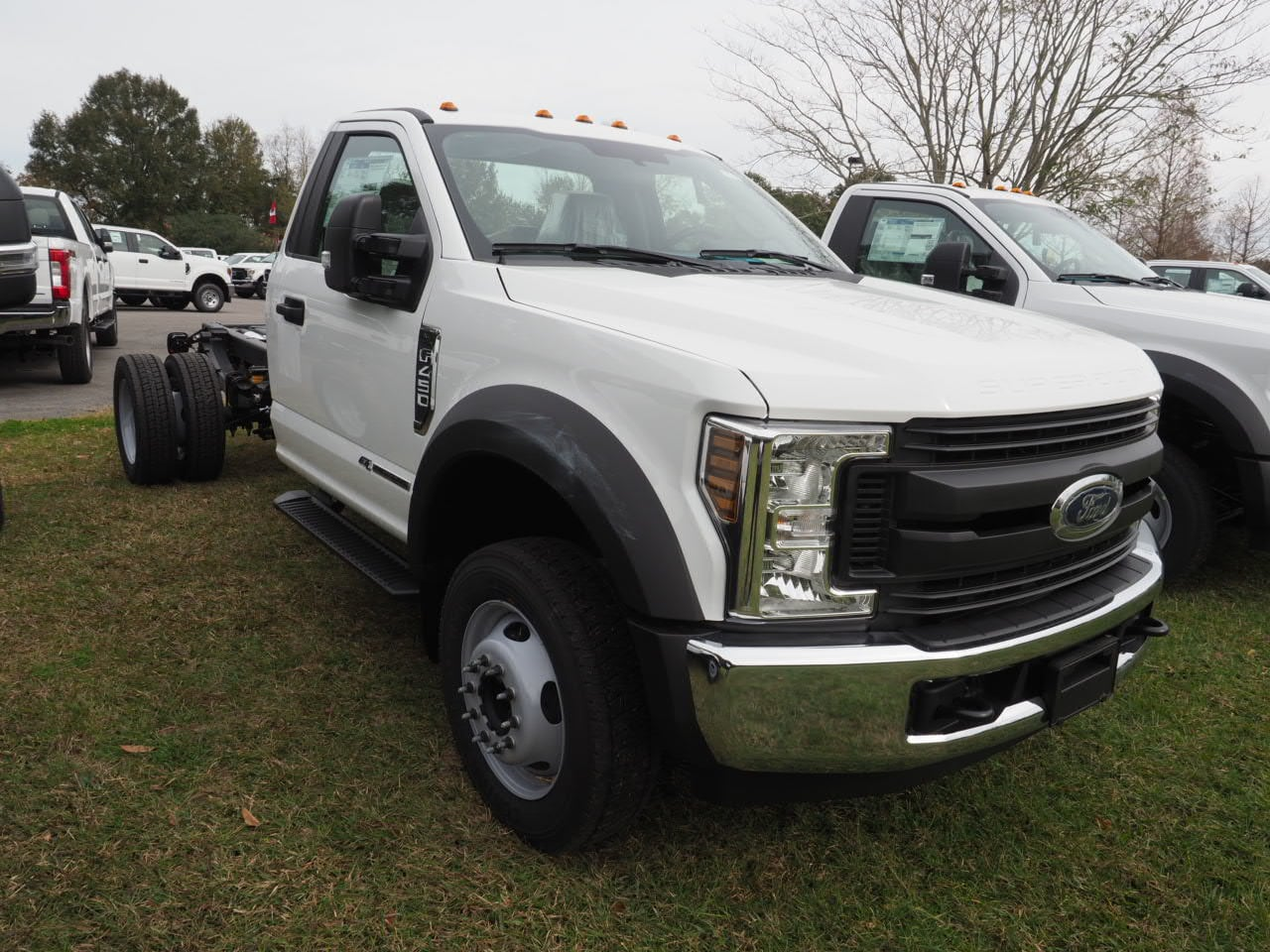 2019 F-450 Regular Cab DRW 4x2,  Cab Chassis #19T0294 - photo 4