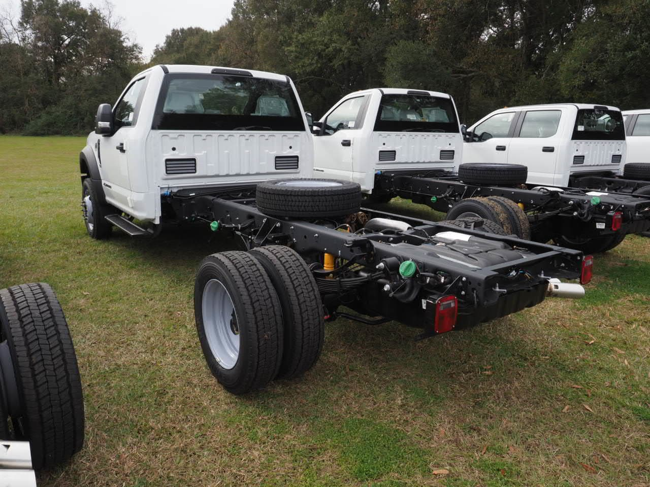2019 F-450 Regular Cab DRW 4x2,  Cab Chassis #19T0294 - photo 2