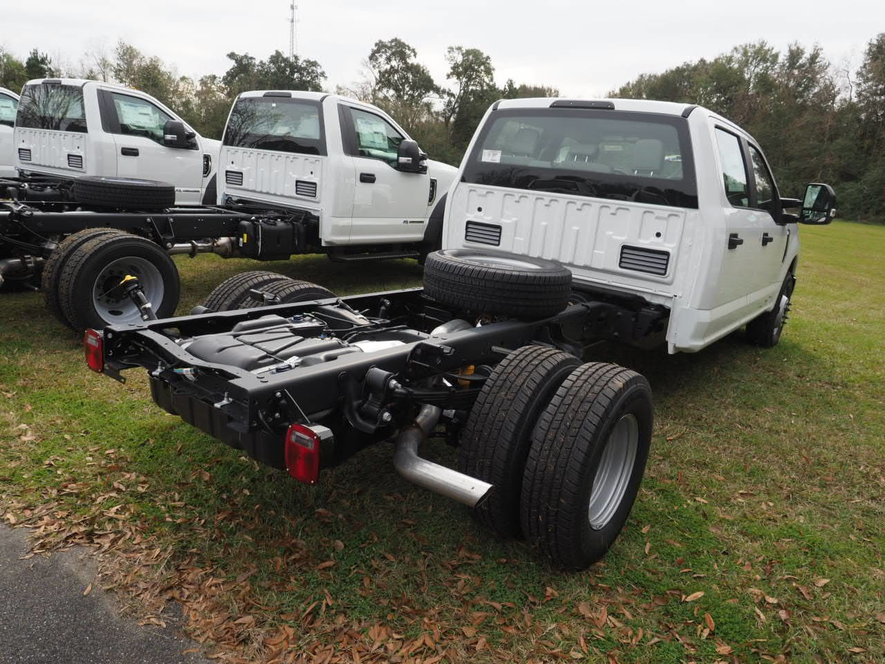 2019 F-450 Regular Cab DRW 4x2,  Cab Chassis #19T0295 - photo 6