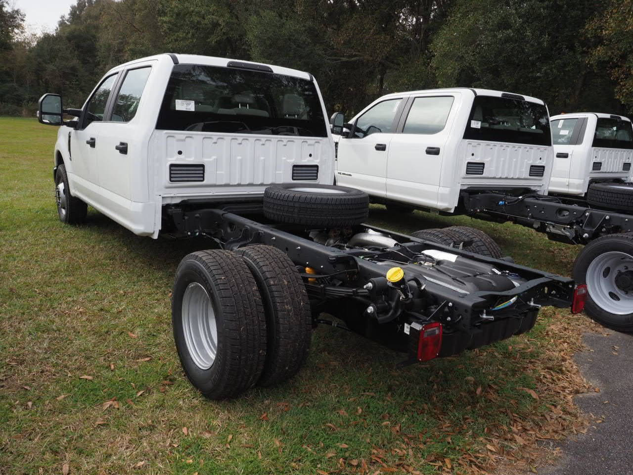 2019 F-450 Regular Cab DRW 4x2,  Cab Chassis #19T0295 - photo 2