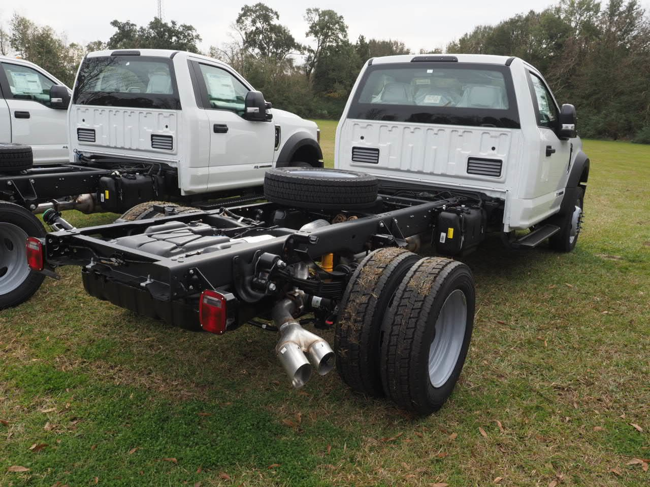 2019 F-450 Regular Cab DRW 4x2,  Cab Chassis #19T0296 - photo 6