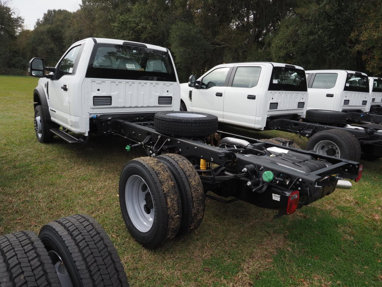 2019 F-450 Regular Cab DRW 4x2,  Cab Chassis #19T0296 - photo 2