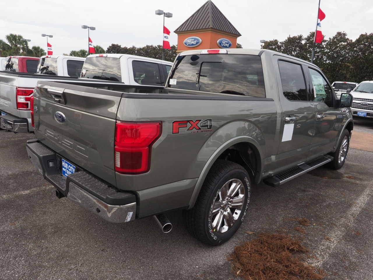 2019 F-150 SuperCrew Cab 4x2,  Pickup #19T0328 - photo 9