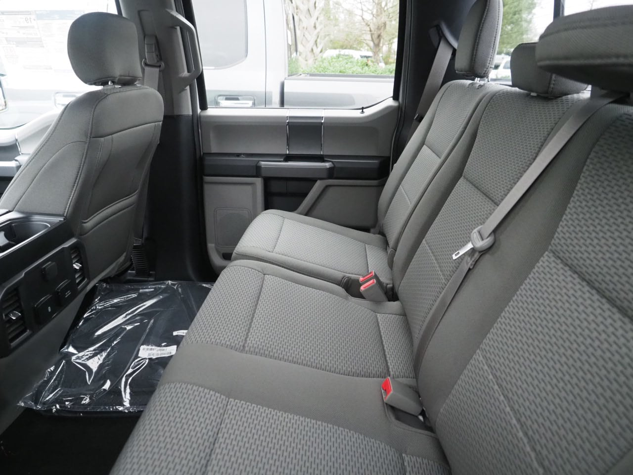 2019 F-150 SuperCrew Cab 4x2,  Pickup #19T0460 - photo 11