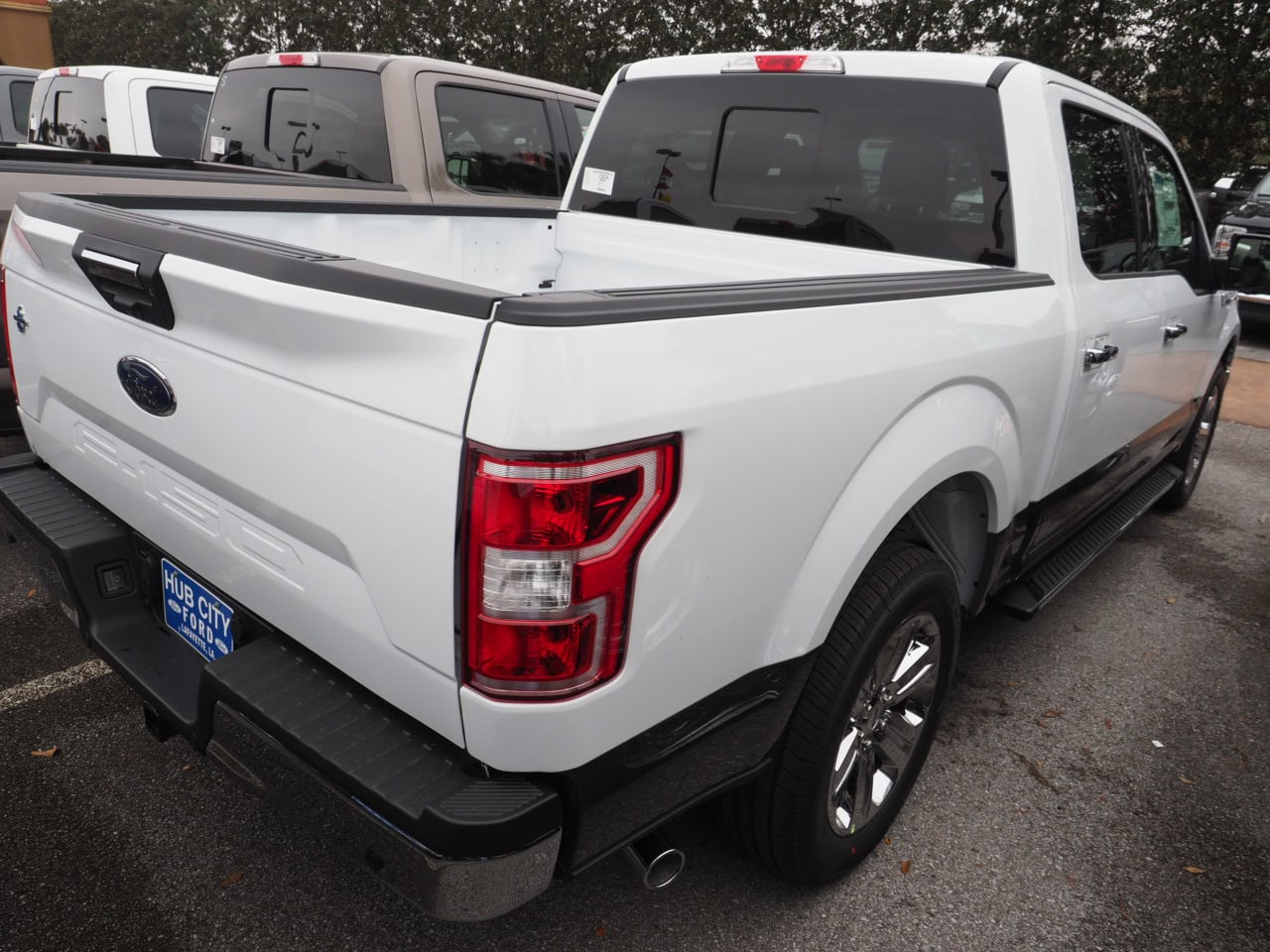 2019 F-150 SuperCrew Cab 4x2,  Pickup #19T0460 - photo 9