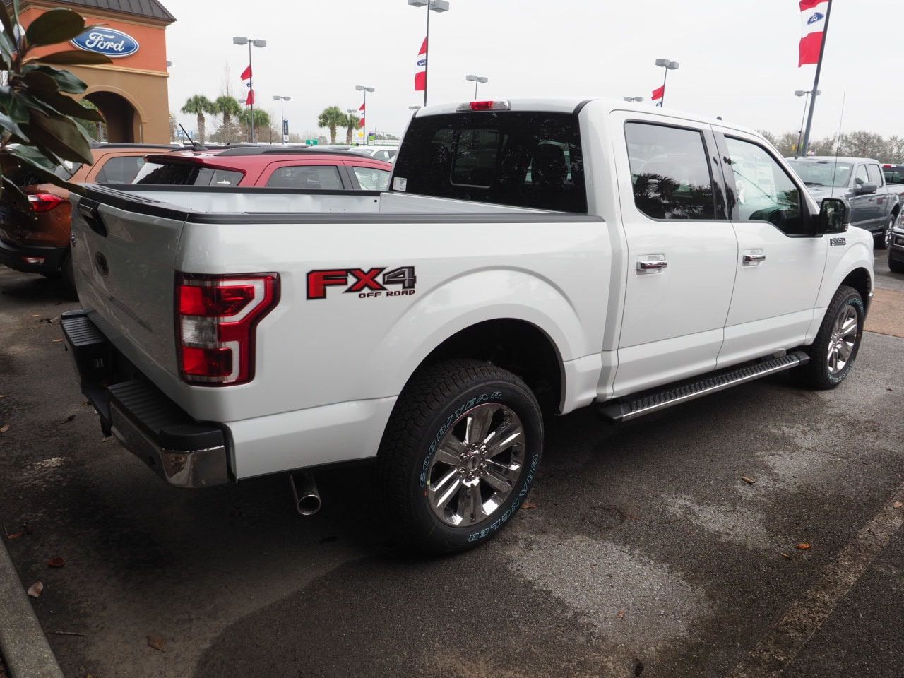 2019 F-150 SuperCrew Cab 4x4,  Pickup #19T0481 - photo 8