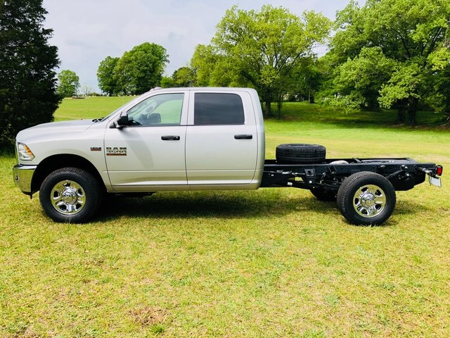 2018 Ram 3500 Crew Cab 4x2,  Cab Chassis #6005 - photo 10