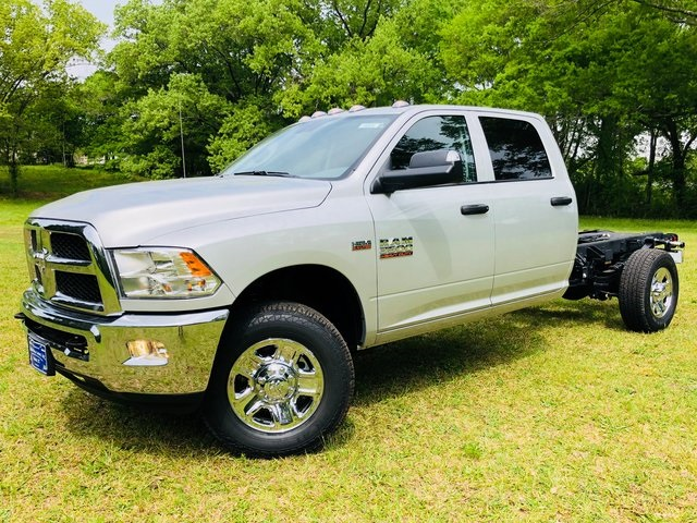 2018 Ram 3500 Crew Cab 4x2,  Cab Chassis #6005 - photo 11