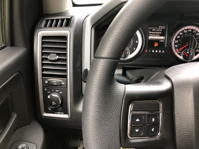 2018 Ram 3500 Crew Cab 4x2,  Cab Chassis #6005 - photo 25