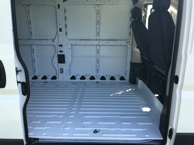 2018 ProMaster 2500 High Roof FWD,  Empty Cargo Van #6061 - photo 17