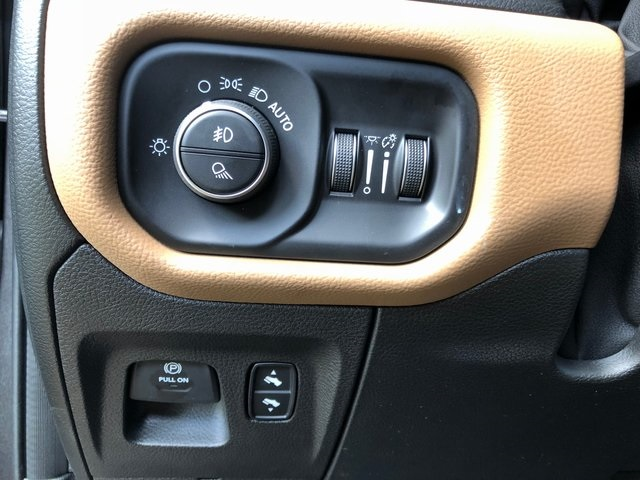 2019 Ram 1500 Crew Cab 4x2,  Pickup #6161 - photo 24