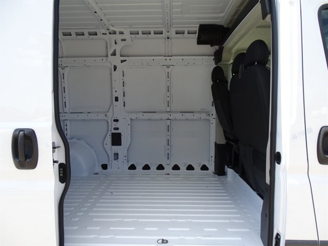 2018 ProMaster 2500 High Roof FWD,  Empty Cargo Van #JE154930 - photo 25