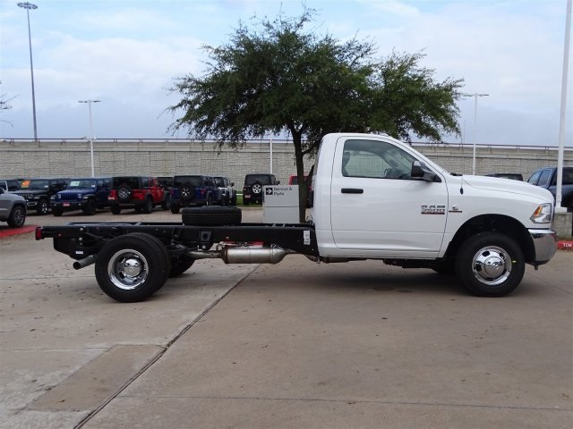 2018 Ram 3500 Regular Cab DRW 4x4,  Cab Chassis #JG363023 - photo 3