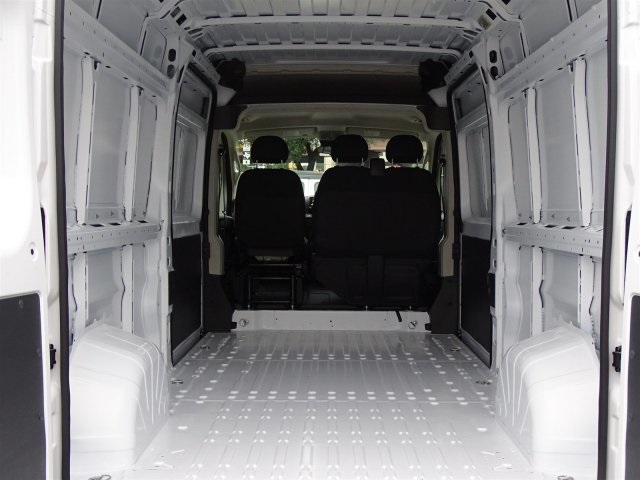 2019 ProMaster 2500 High Roof FWD,  Empty Cargo Van #KE503554 - photo 2