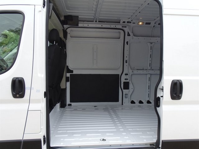 2019 ProMaster 2500 High Roof FWD,  Empty Cargo Van #KE503555 - photo 19