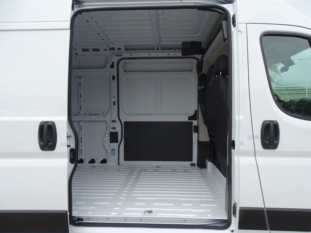 2019 ProMaster 2500 High Roof FWD,  Empty Cargo Van #KE503555 - photo 26