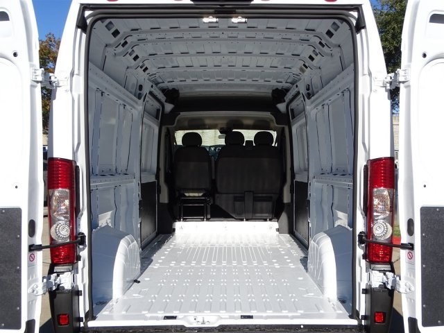 2019 ProMaster 2500 High Roof FWD,  Empty Cargo Van #KE503556 - photo 2