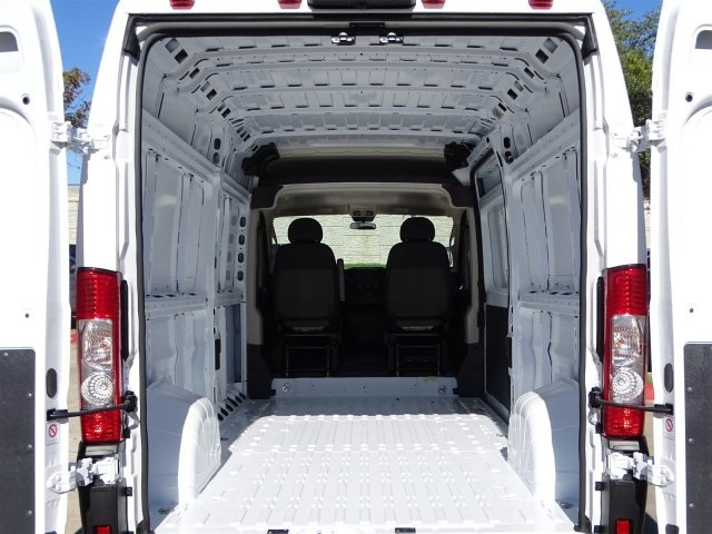 2019 ProMaster 2500 High Roof FWD,  Empty Cargo Van #KE507702 - photo 2