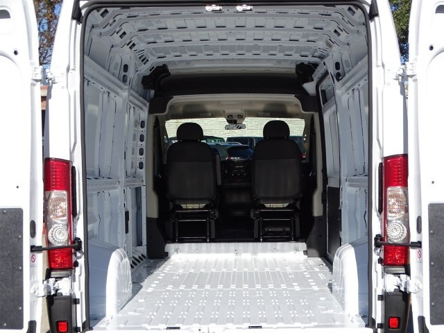 2019 ProMaster 2500 High Roof FWD,  Empty Cargo Van #KE507705 - photo 2