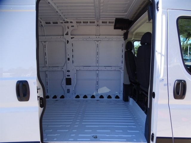 2019 ProMaster 2500 High Roof FWD,  Empty Cargo Van #KE507706 - photo 28